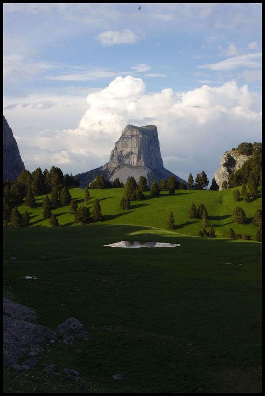 Le mont Aiguille depuis Chaumailloux